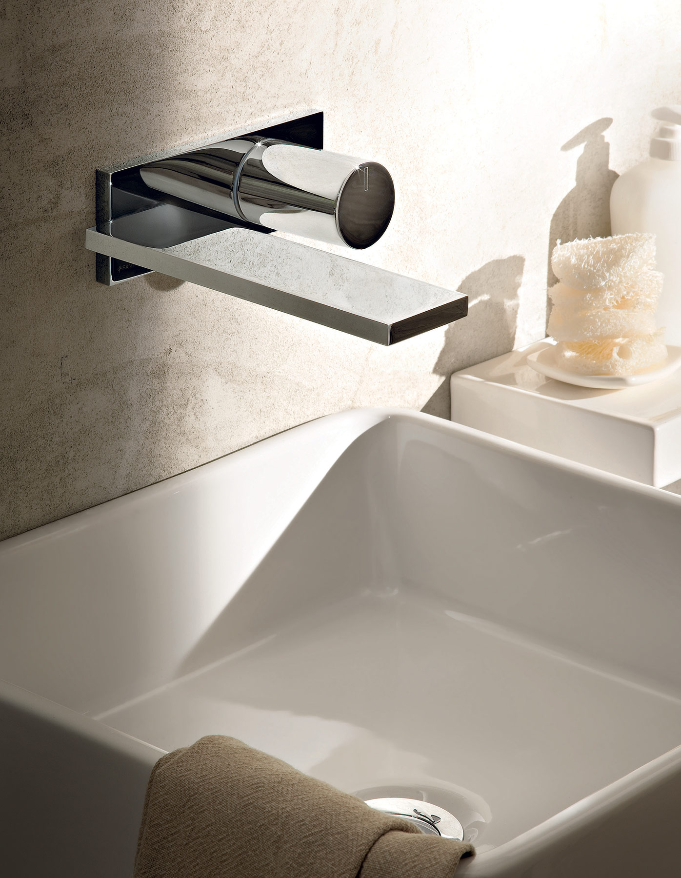 Contemporary Milano Wall Mount Faucet Hydrology